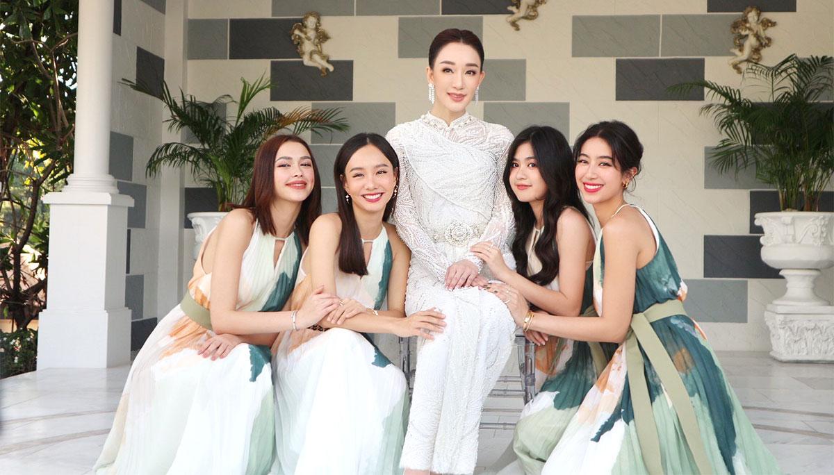 งานแต่งงาน ชุดเจ้าสาว ชุดไทย ห้องเสื้อ วนัช กูตูร์