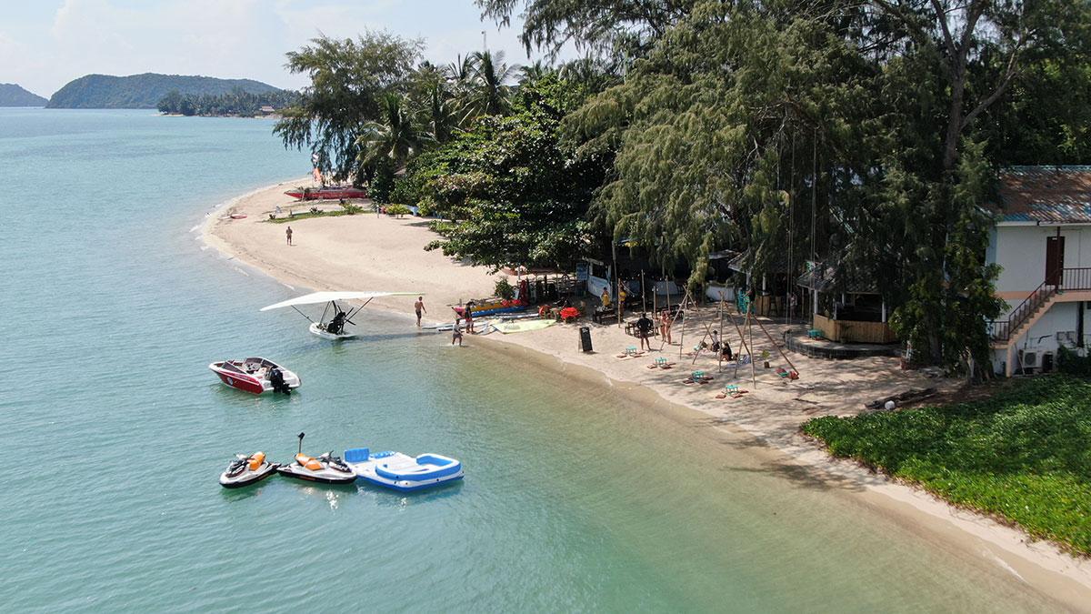 หาดบ้านใต้ - เกาะพะงัน จ. สุราษฎร์ธานี